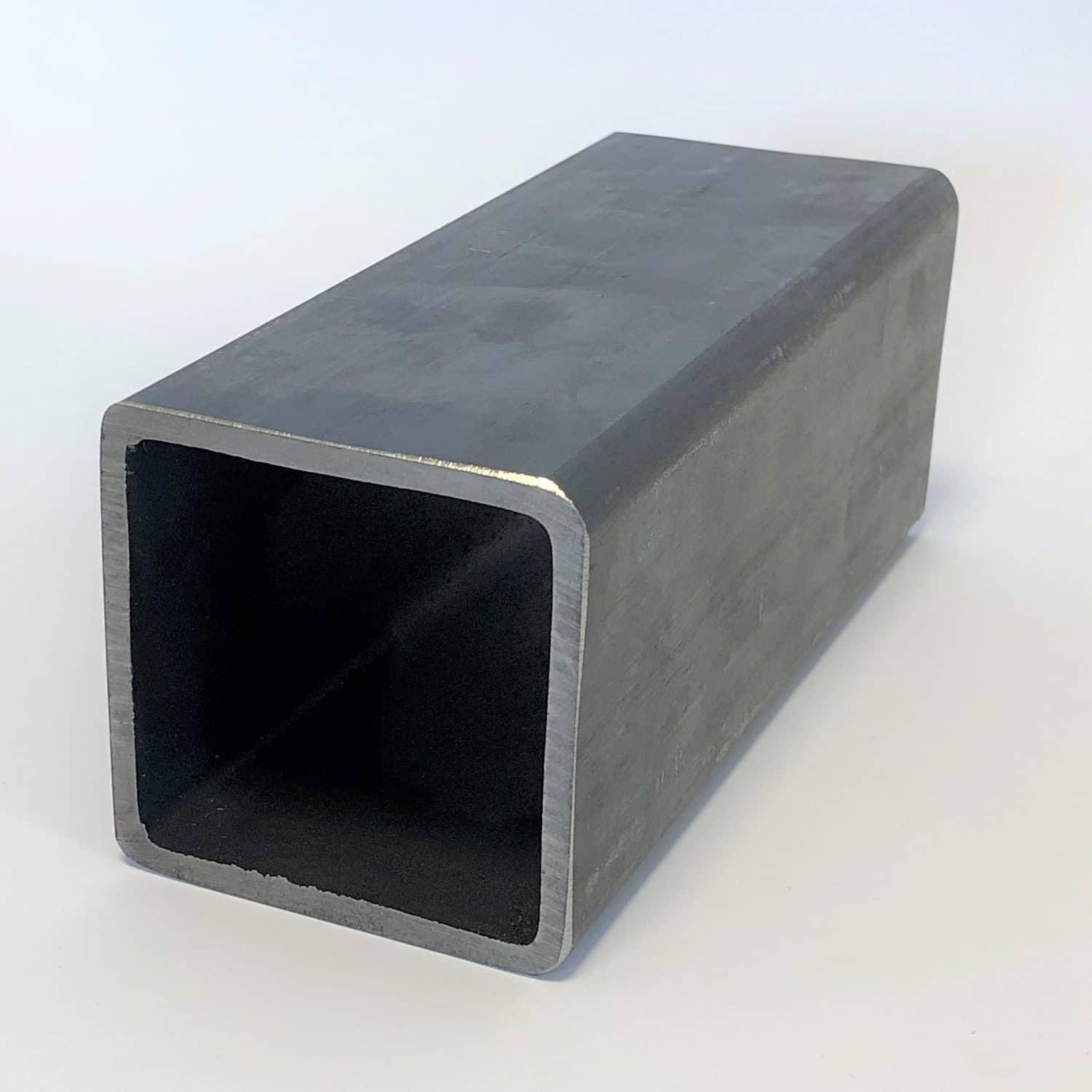 Bild på ett varmformat konstruktionsrör från Bromma Stål